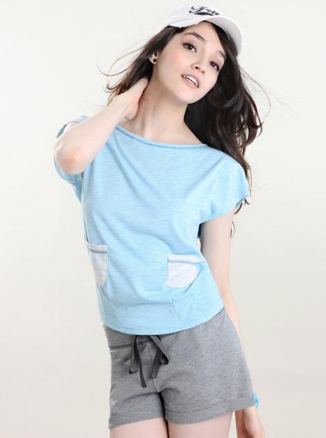對色雙袋造型衫-淺藍