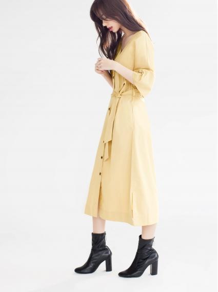 女性自我率性洋裝-淺卡
