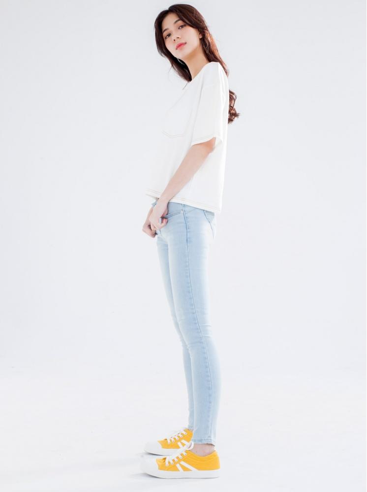縮脂提臀窄管牛仔褲-淺藍
