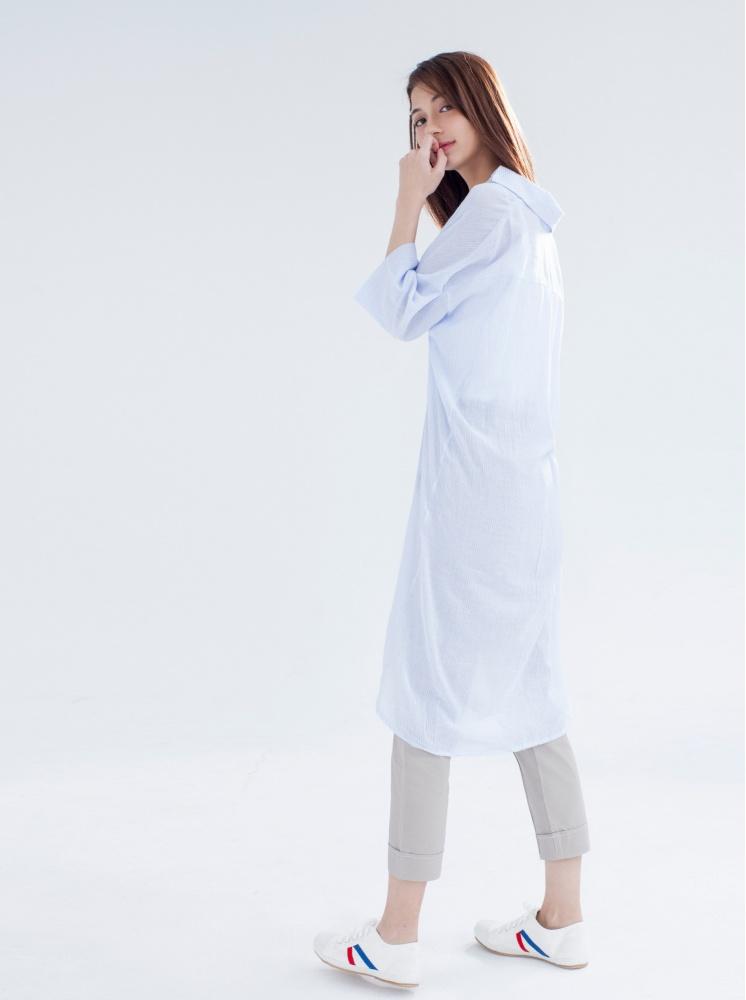 寬鬆條紋薄棉長版衫-藍