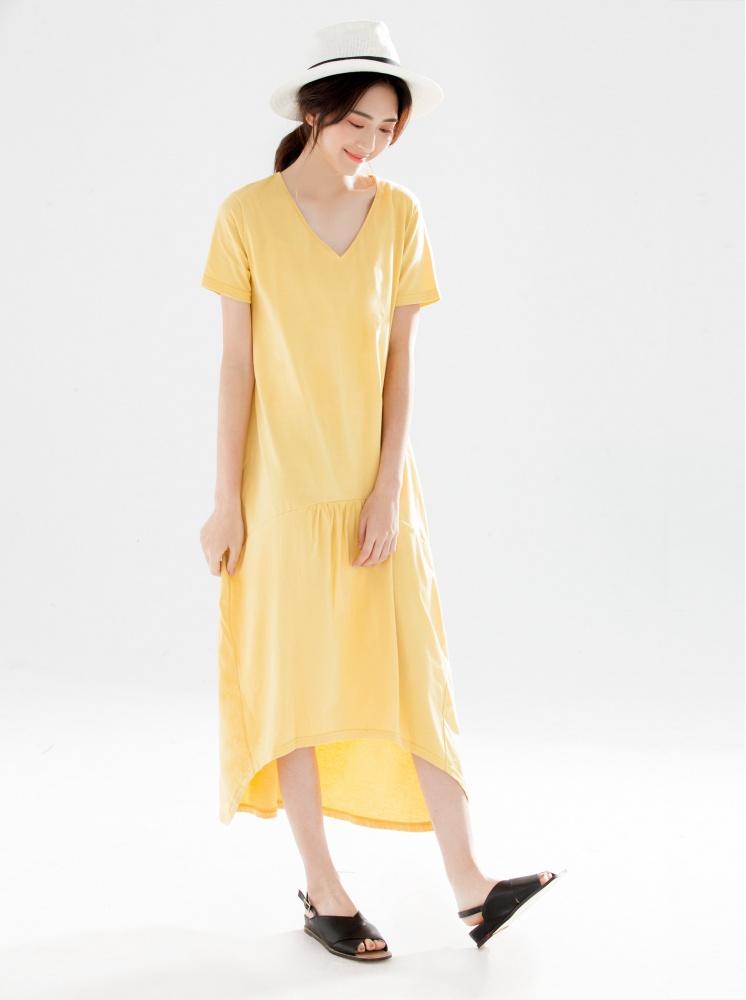 下擺前短後長V領素面洋裝-土黃
