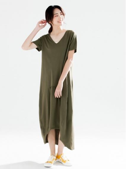 下擺前短後長V領素面洋裝-墨綠