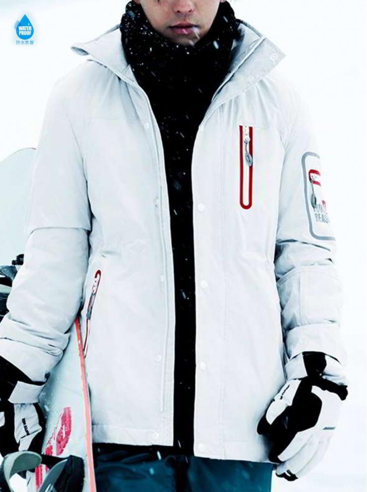 男款太空極地升溫防水外套-消光白
