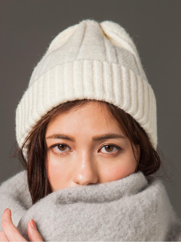 素面羊毛針織帽-白