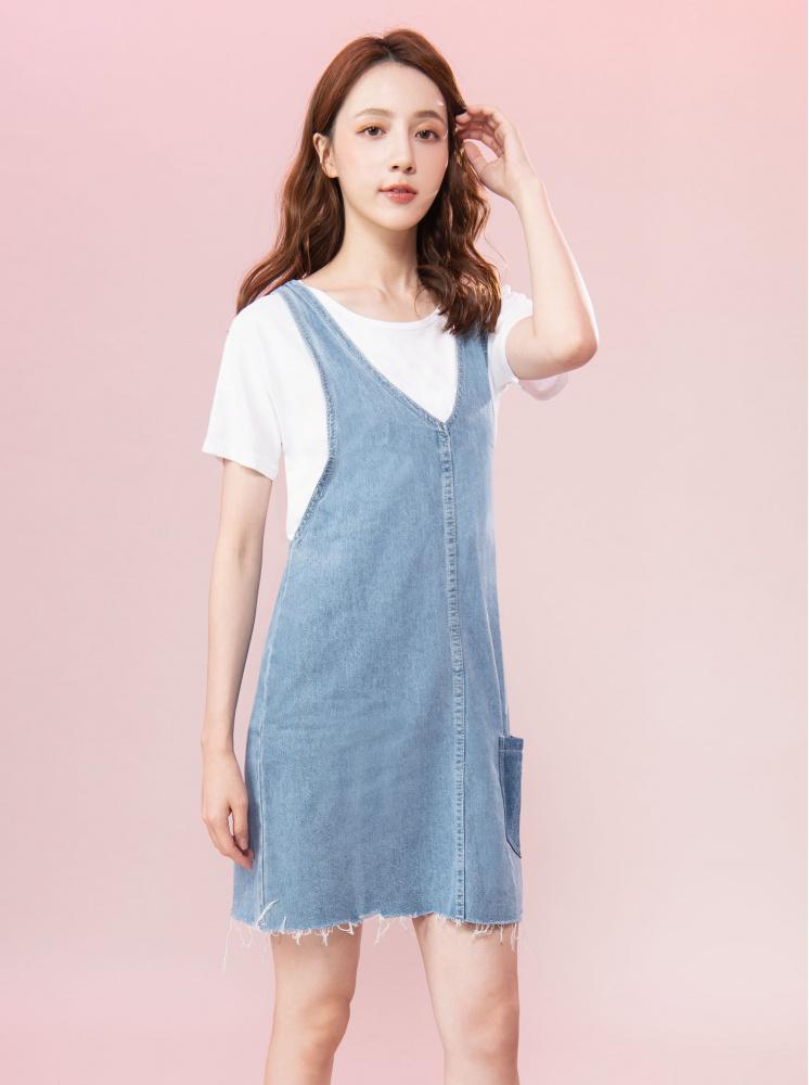 口袋撞色拼接吊帶裙-淺藍